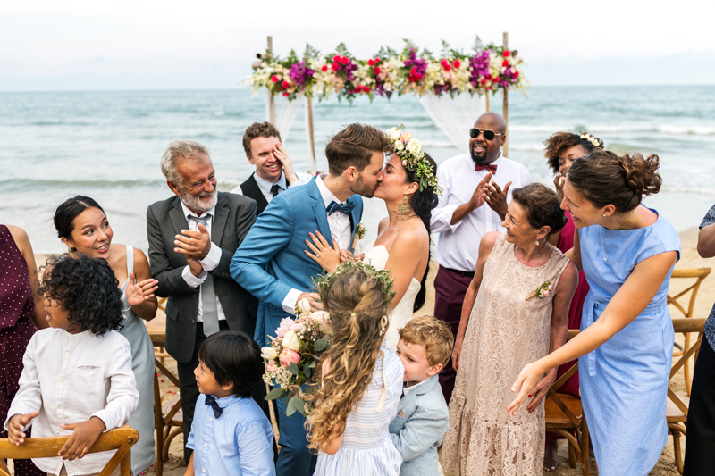nunta cu invitati
